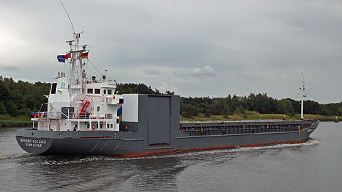 MV Bremer Roland