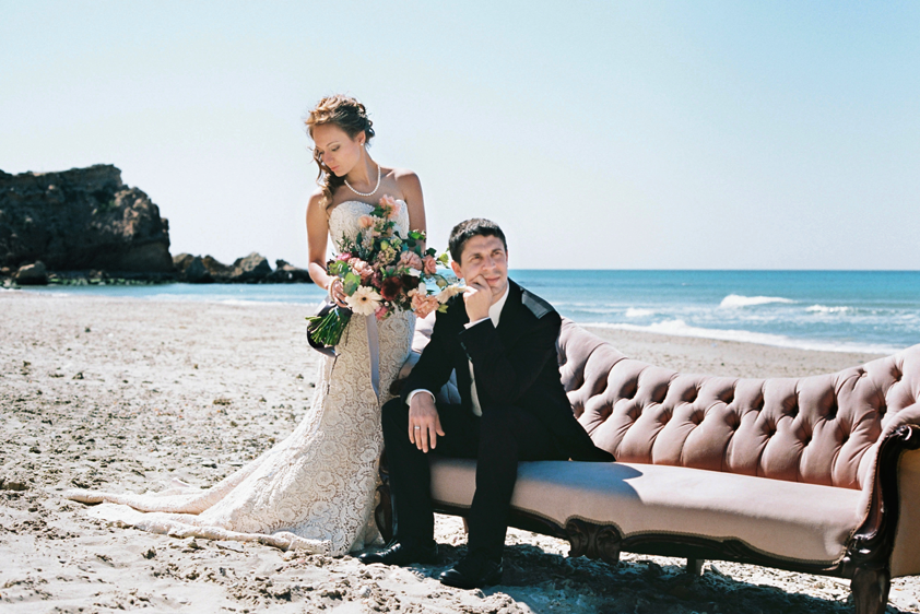Wedding-Beach-Bride-Groom