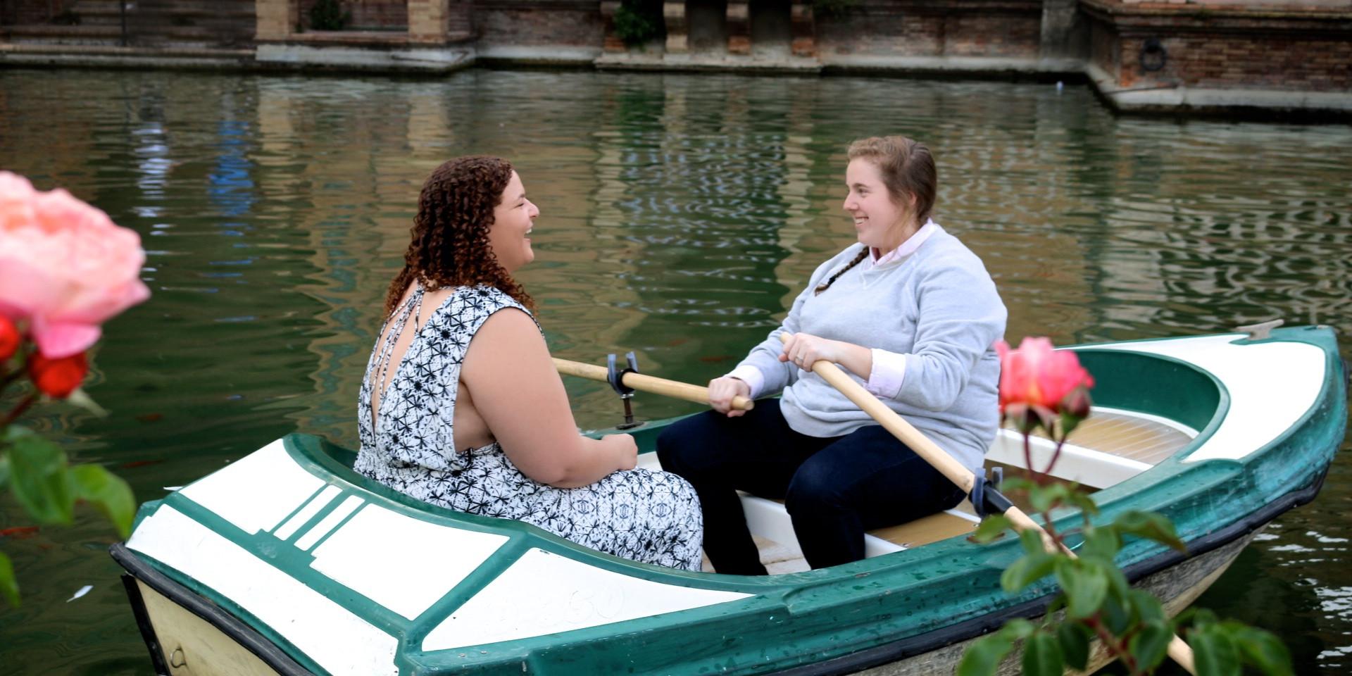 Carly & Kelley Take A Boat Ride