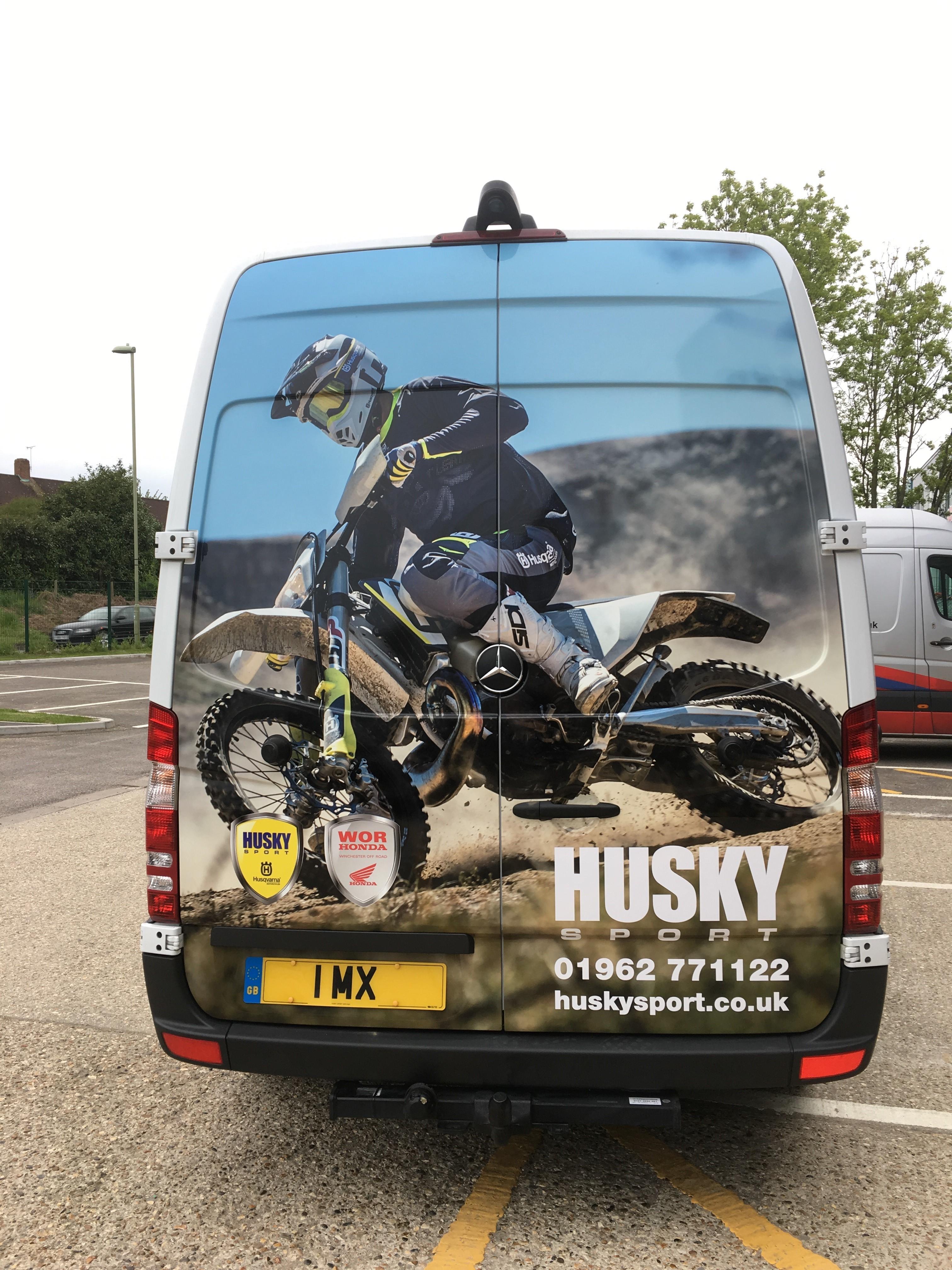 vehicle - husky