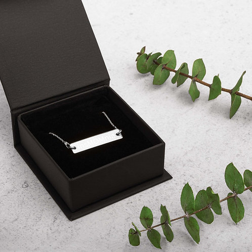 insMOMnia Engraved Silver Bar Chain Necklace