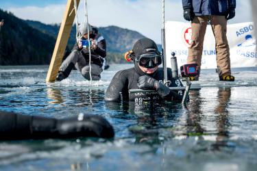 Austrian 'Iceman' diver chases records in the deep