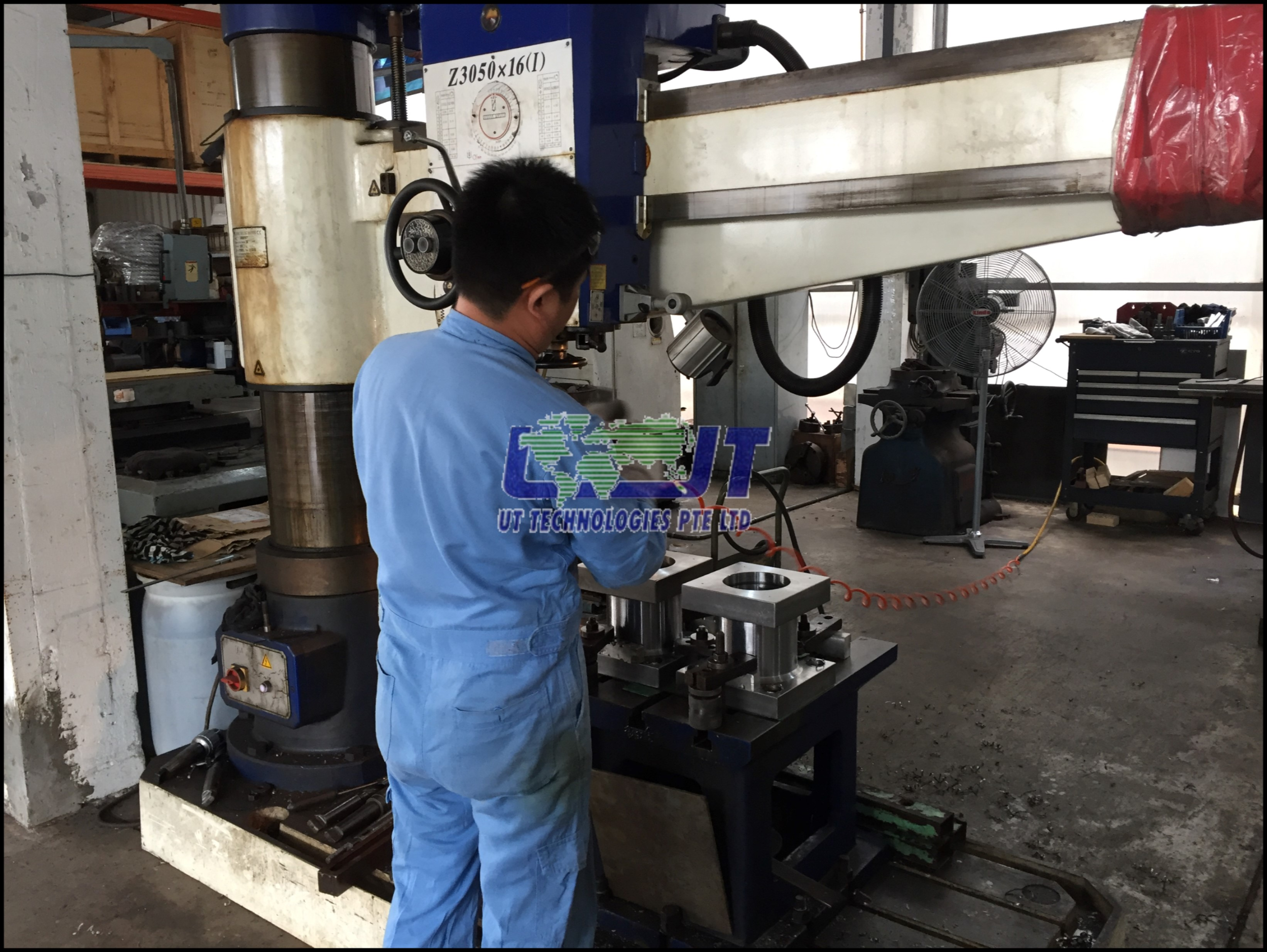 Drilling of hydraulic HP pipe flange