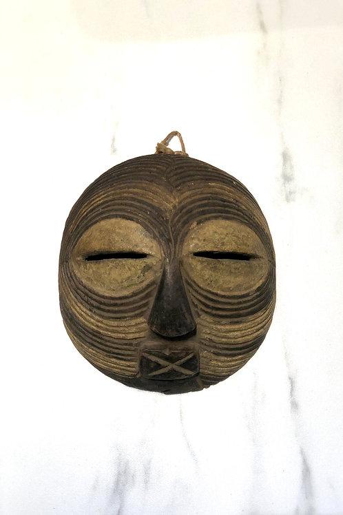 Ugandalainen naamio