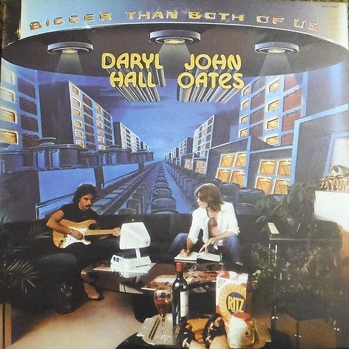 Daryl Hall & John Oates – Bigger Than Both Of Us