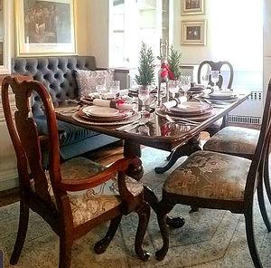 brooklyn Ben dining room_edited_edited.jpg