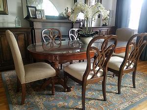 daley dining room2.jpg