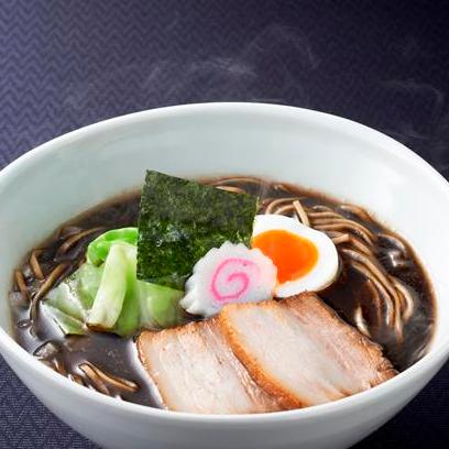 焦がし醤油麺 890円(+税)
