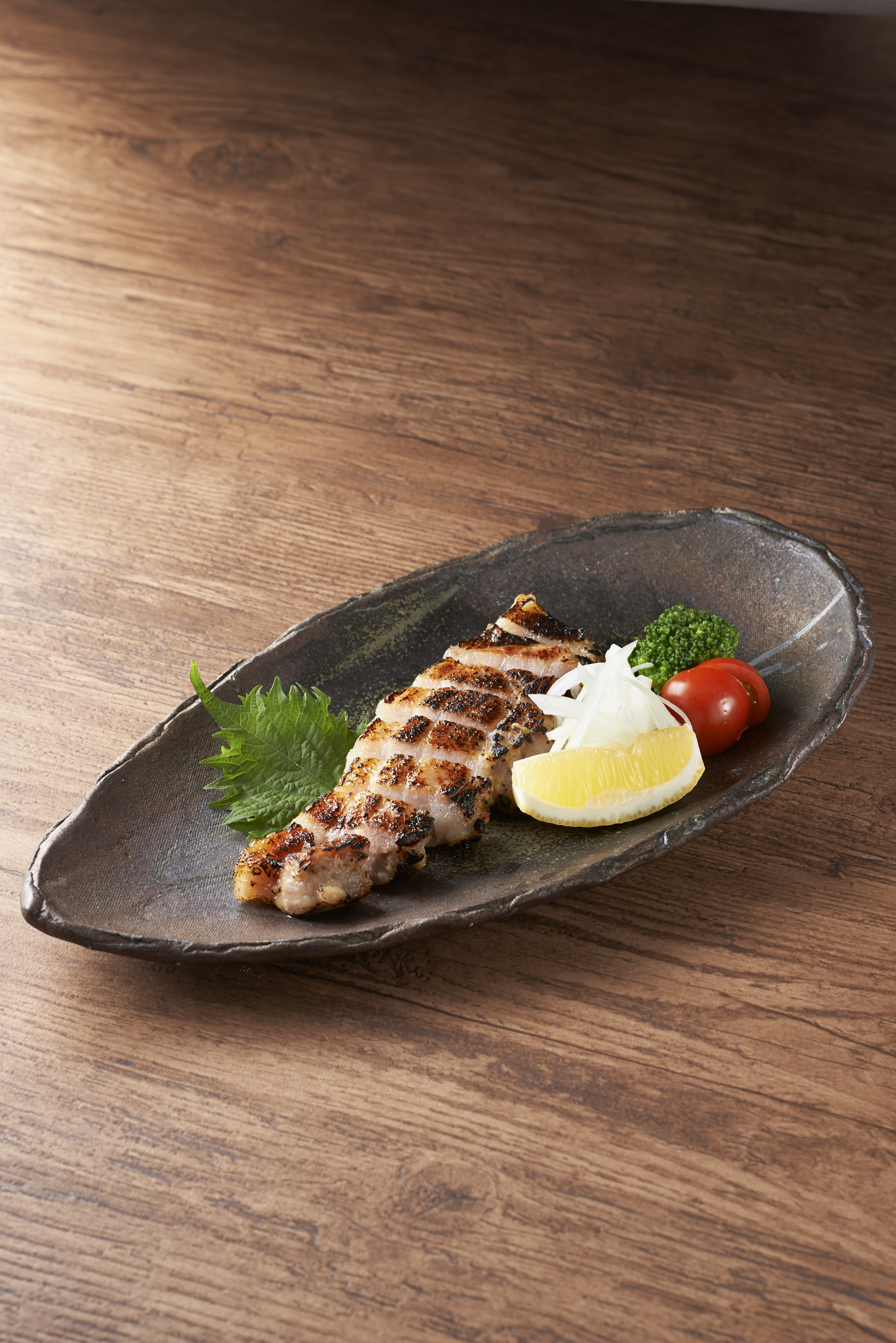 豚バラ肉の西京味噌漬け炙り 1,190円(+税)