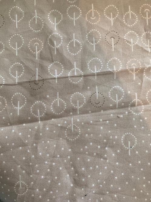 Retazo gris cafe círculos 16x22 cms