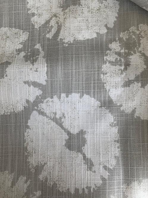 Retazo gris con círculos 1,40x0,63 cms