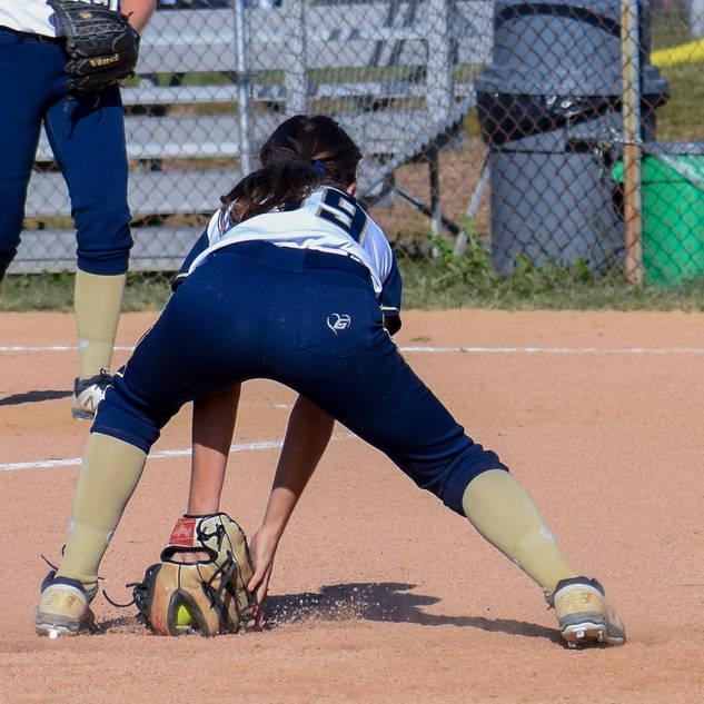 Alayna Giampolo Takes a Ground Ball