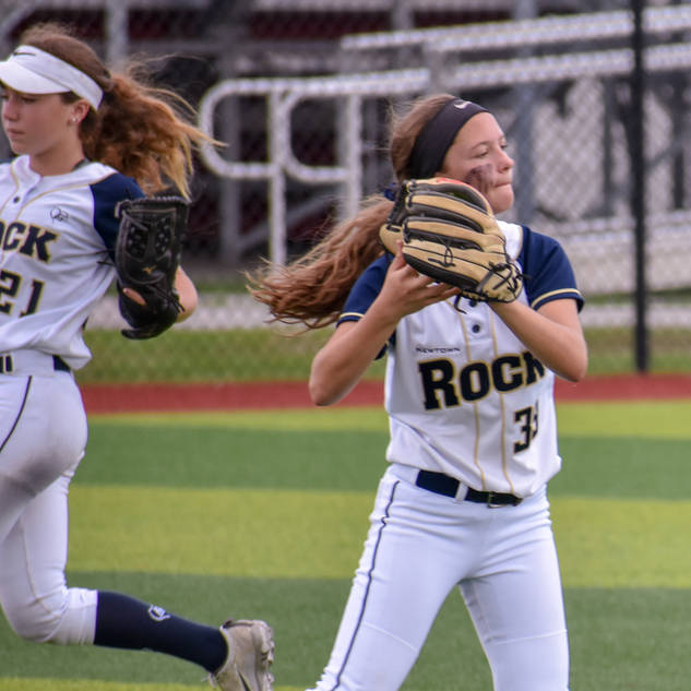 Alayna Giampolo Makes a Play in the Outfield