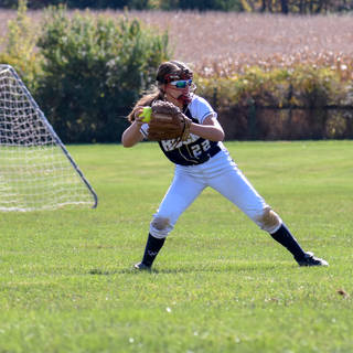 Jenna Morrison Throws the Ball in from Left