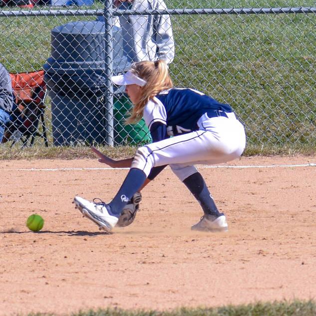 Helen Woloshyn Plays a Ground Ball