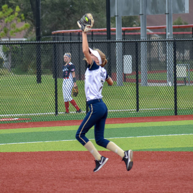 Helen Wolohsyn Catches a Line Drive