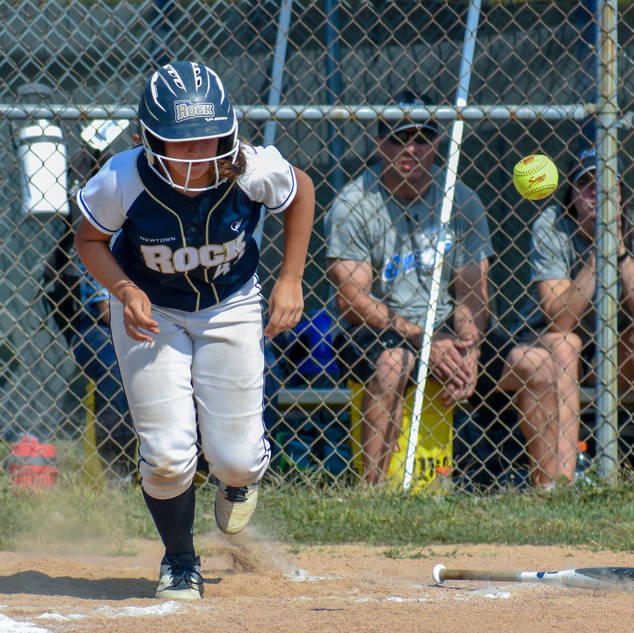 Abbey Valente Gets a Crucial Bunt Down