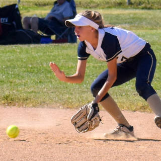 Helen Woloshyn Fields a Ground Ball