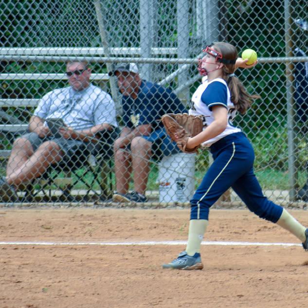 Jenna Makes a Throw
