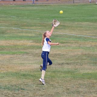 Helen Woloshyn Makes a Leaping Catch