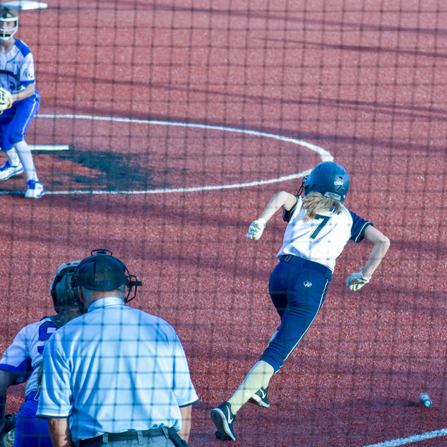 Helen Woloshyn Runs to First Base