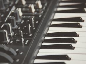 Types of Digital Pianos - Which Piano To Buy?