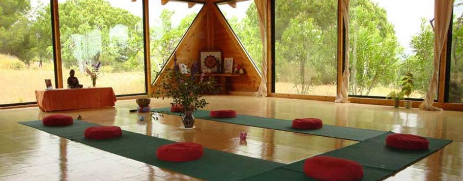 Quinta-da-Calma-Yoga-Pavillion.jpg
