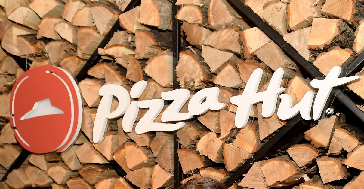 PizzaHutLogs