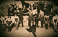 jazz-floor-show_Chicago-1924_edited.jpg