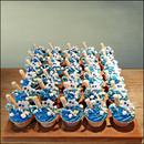 crazy-blue cupcakes