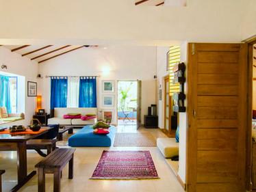 Little_Paradise_living-room-south.jpg