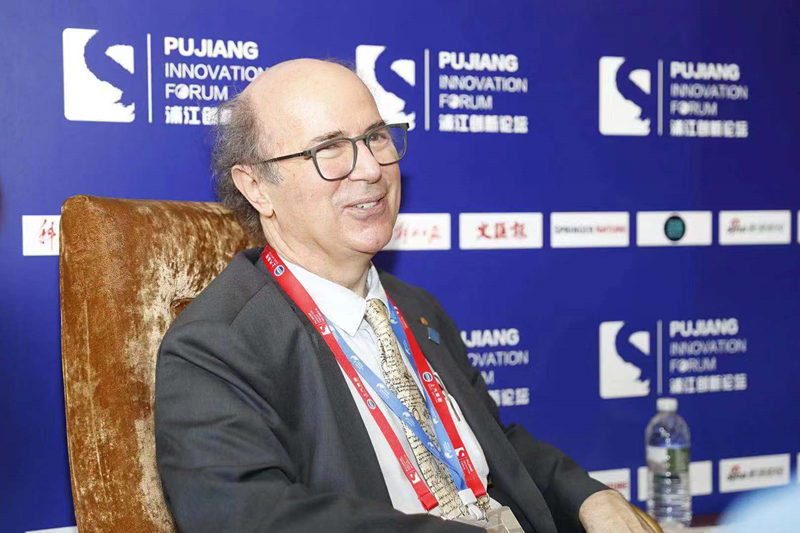 Interveiw-Pujiang Forum-1