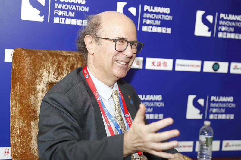 Interveiw-Pujiang Forum-3