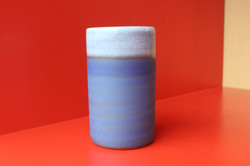 Petit vase rouleau / Antonio Lampecco