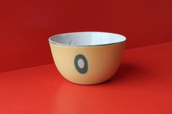 Bol en porcelaine teintée / Olivia Mortier