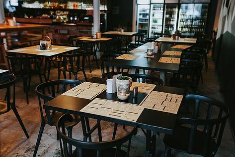 kaboompics_Interior of a pub.jpg