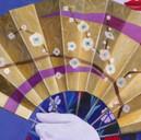 peinture-huile-kabuki-éventail-doré-camé