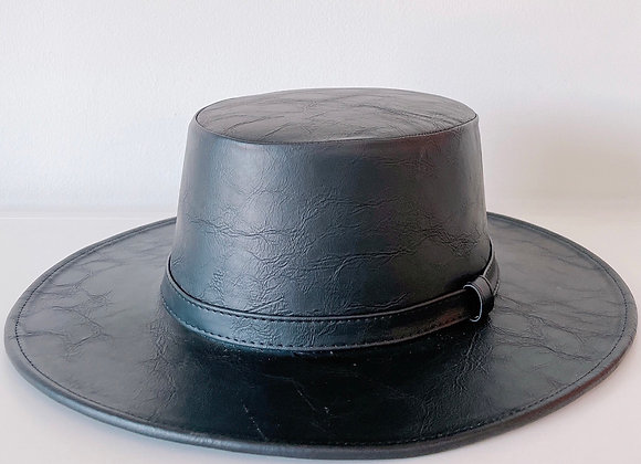 Sombrero cordobés negro vinipiel