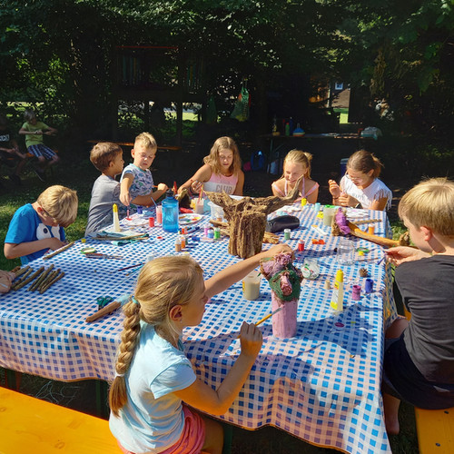 pm-sommercamp-klagenfurt-schnitzen-malen