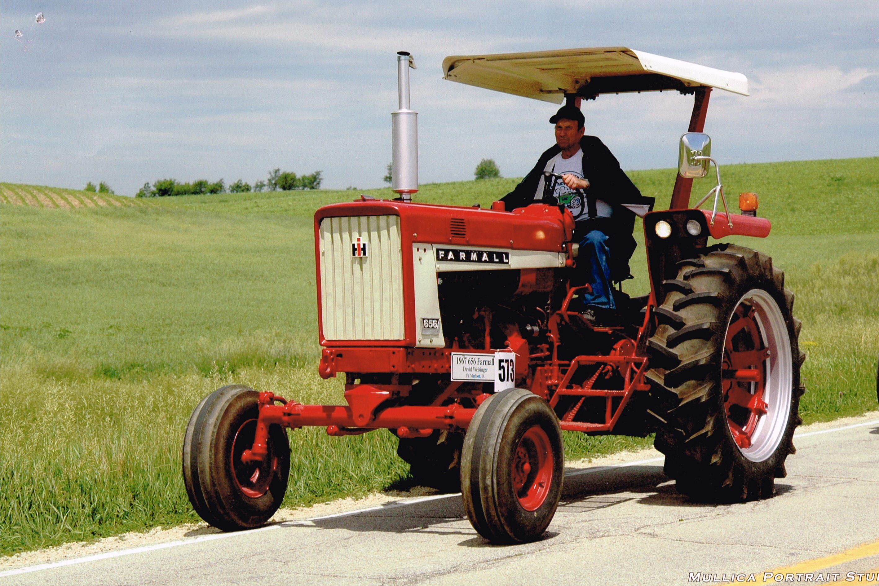 2015 Featured Tractor-Dave Weisinger