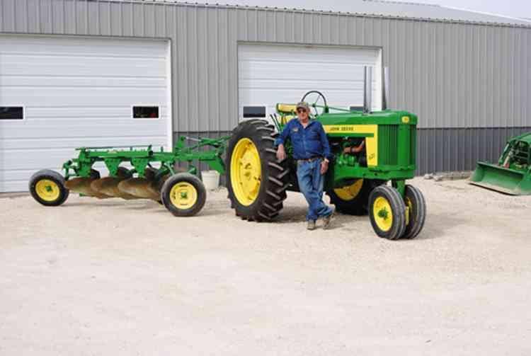 Pork Beach's Featured Tractor 2014