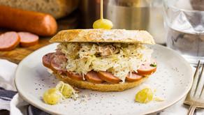FOOD FRIDAY 🍗 - Broodje zuurkool met saucijzenworst