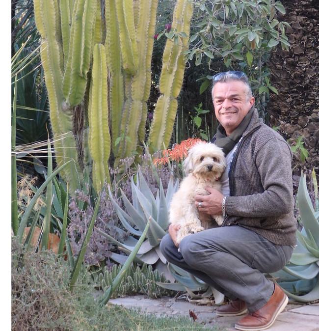 A Taroudannt, dans le sud marocain, Ollivier dans son jardin secret