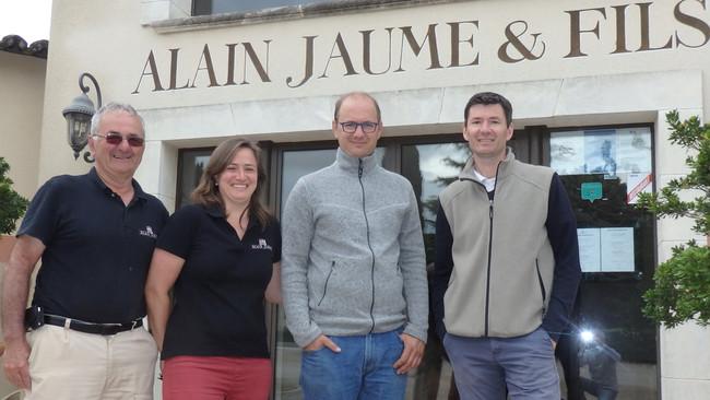 Vignobles Alain Jaume: une famille qui voit grand!