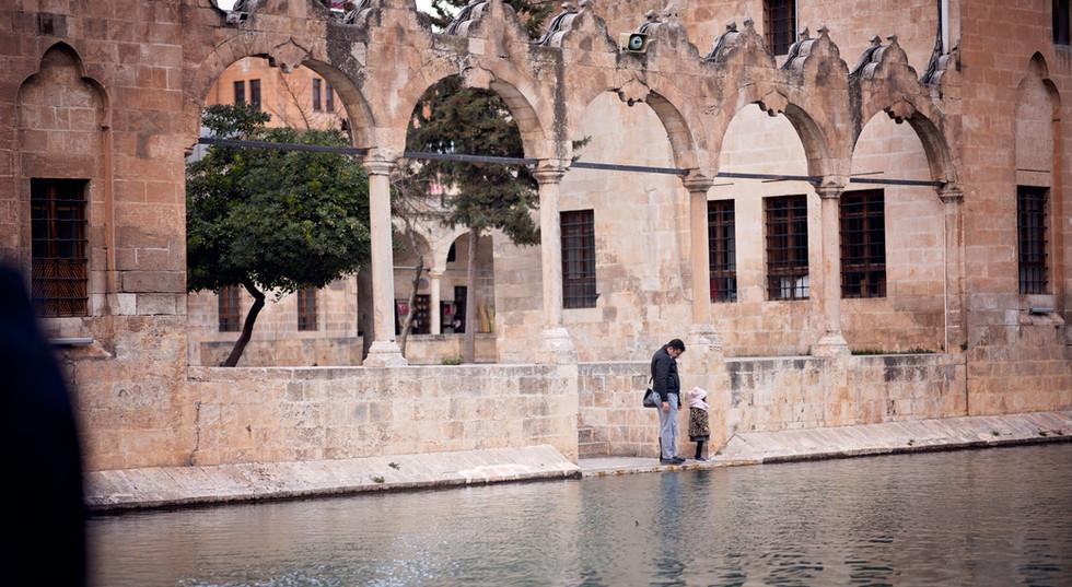 People At The Pool Of Abraham | Fish Lake