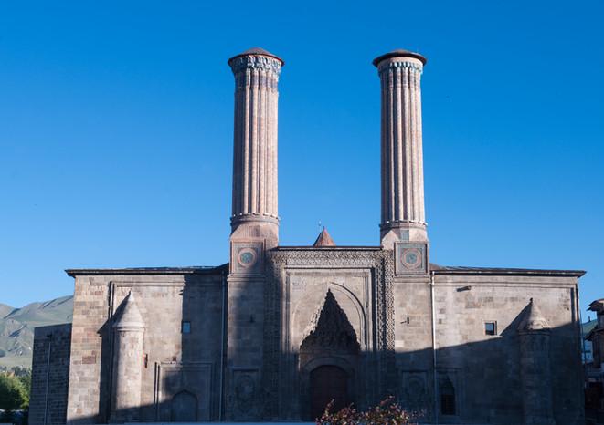 ERZURUM Çifte Minareli Medrese Fotoğraf