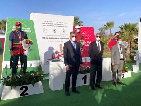 إنجاز جديد لرياضة الإمارات.. سيف بن فطيس ينتزع فضية الجائزة الكبرى للرماية بالرباط