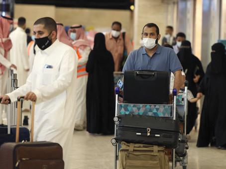 السعودية تسمح بدخول القادمين من 11 دولة