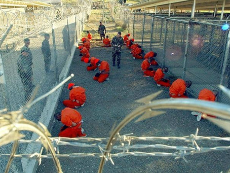 البيت الأبيض: إدارة بايدن تبدأ مراجعة تهدف لإغلاق سجن غوانتانامو