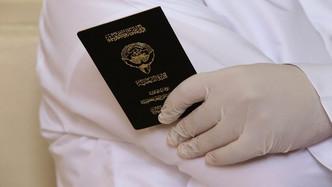 الكويت تضبط سورياً حصل على جنسيتها بالتزوير قبل 3 عقود